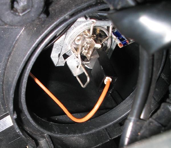 Фара левая без противотуманки с регулирующим мотором для