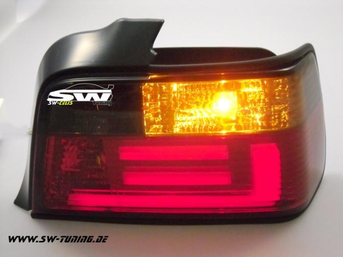 bmw e36 универсал задній фонар