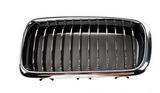 Решётка радиатора левая хром чёрная для Бмв Е38 / Bmw E38