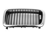 Решетка радиатора левая хром-черная для Бмв Е38 / Bmw E38