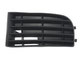 Решетка в передний бампер левая без отверстия под птф для Фольксваген Гольф 5 / Volkswagen Golf 5