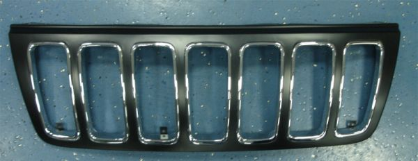 Решетка радиатора в сборе хром  для Джип Гранд Чероки / Jeep Grand Cherokee - 2 Поколение Wj Wg